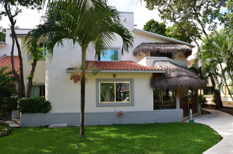 playacar house for rent